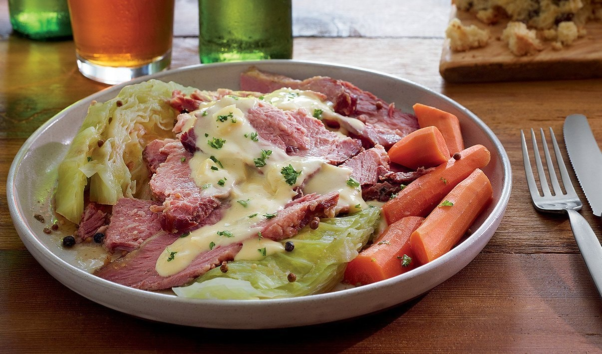 Sliced Corned Beef with Creamed Cabbage Sauce – recipe