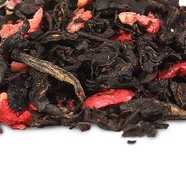 Hot Black Tea with Berries